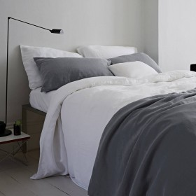 original_classic-white-linen-bedlinen-set